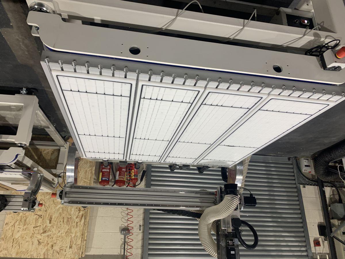 exec 8 vacuum table system