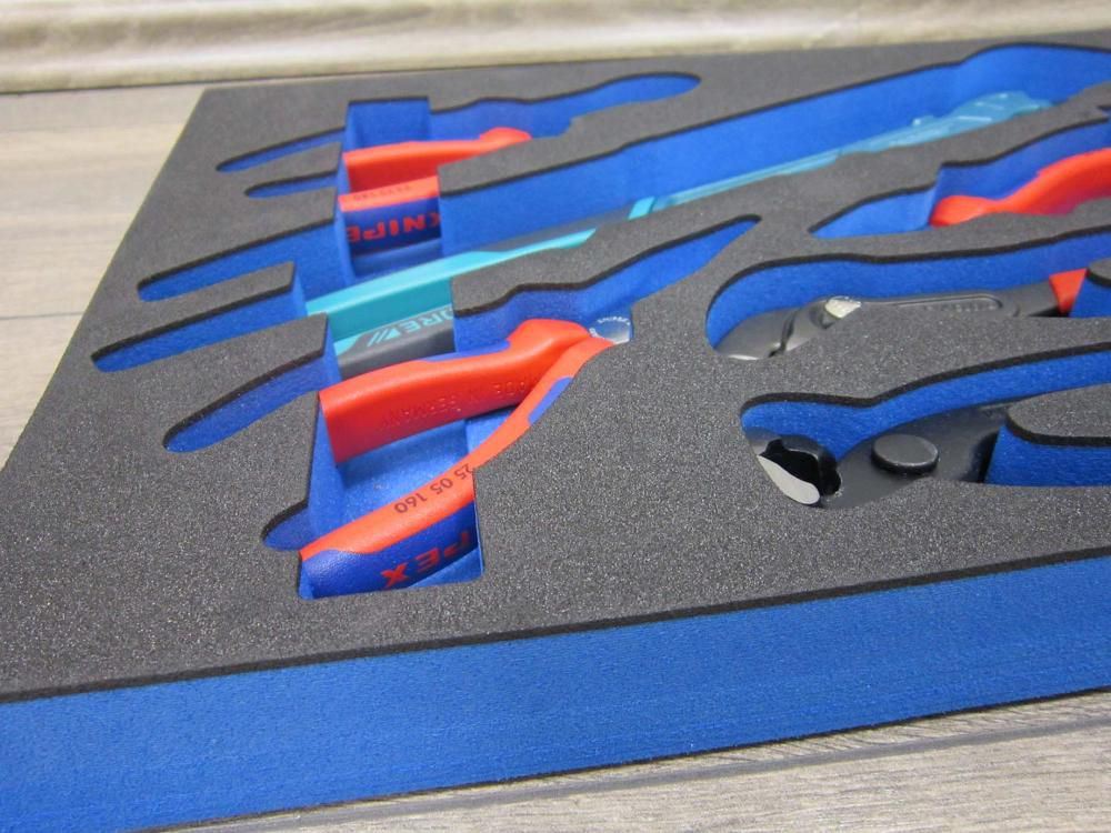 foam laminated sheet ld45 black 5mm on top of ld45 blue 25mm 2000 x 1000 x 30mm